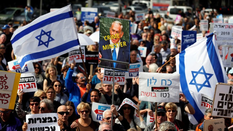 Netanyahu CrimeMinister protests 2018
